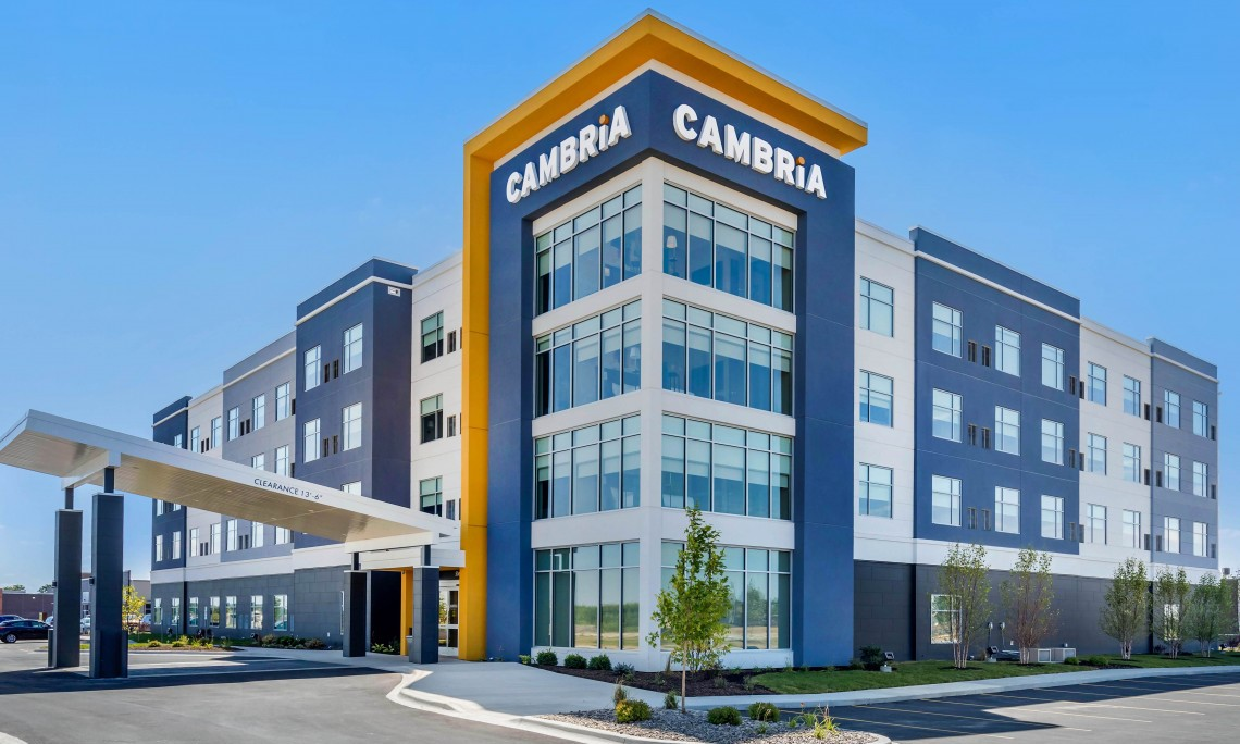 Cambria Hotel Bettendorf