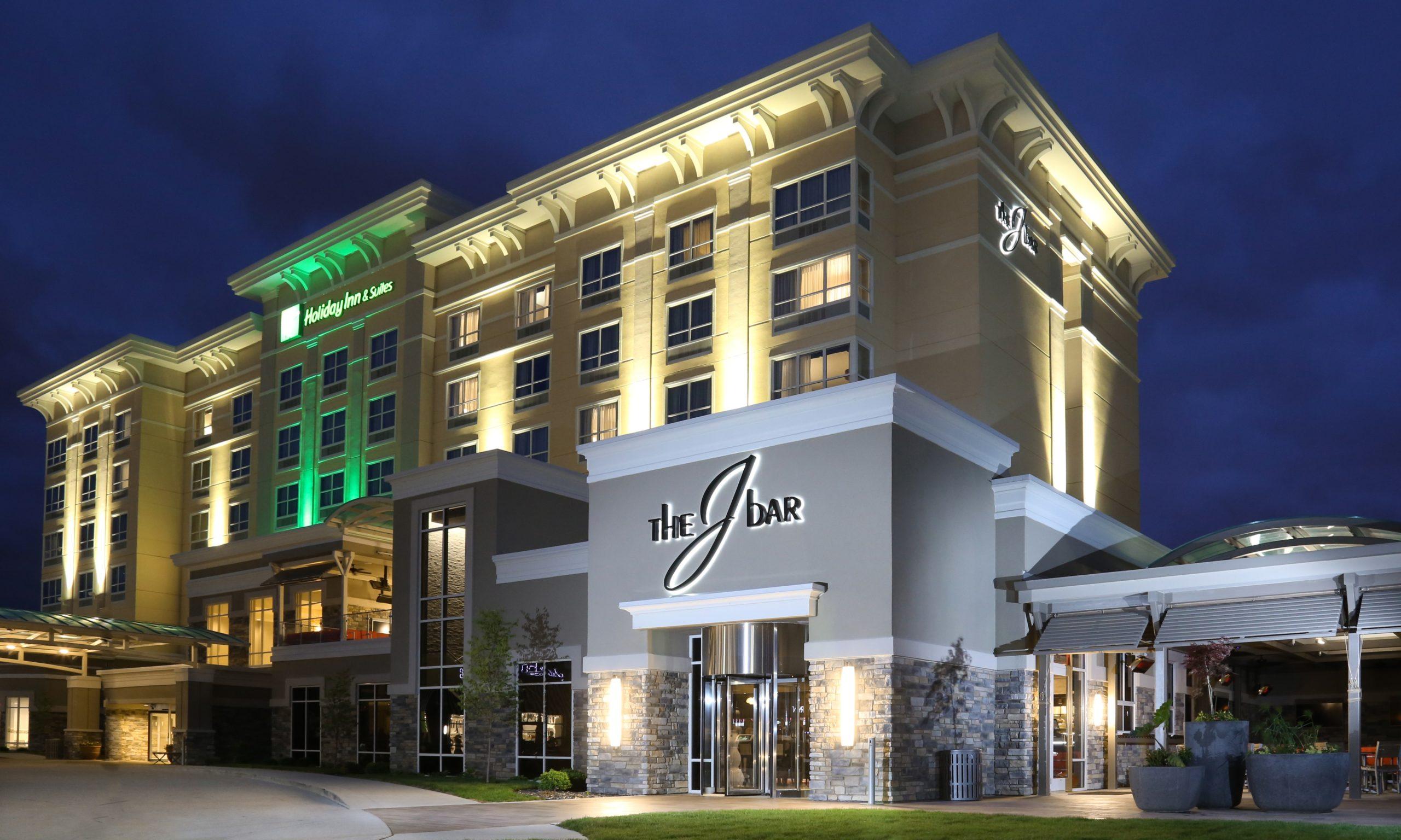 Holiday Inn J-Bar Davenport